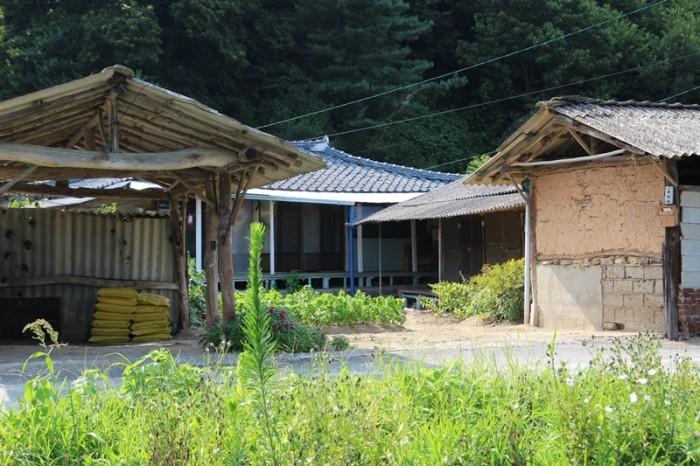 지사면 안하리 주택 및 대지 매매